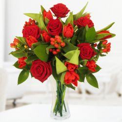 Make Christmas celebration memorable – Arrange flowers in the right way