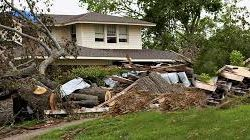 How an Insurance Adjuster Can Help When Disaster Strikes