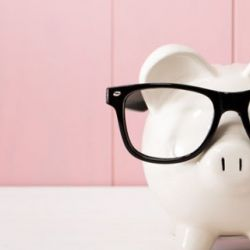 How to manage the money when starting a business