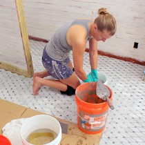 diy-home-remodeling-grout-bathroom_e1034d252496a3c615fd273d8cb8331c