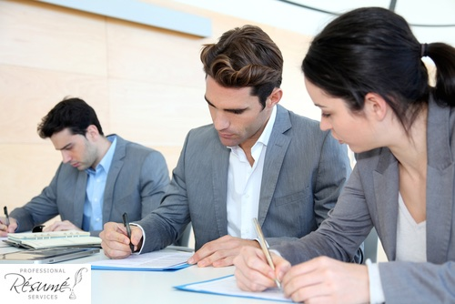 should-you-hire-a-resume-writing-service-professional-resume-services