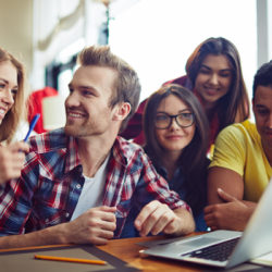 How can students benefit from risk free betting